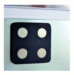plaque magnétique de 60x120 mm permettant de fixer sur des supports métallique des objets métallique