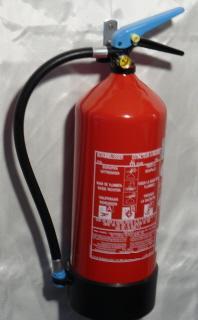 Extincteur à mousse de 6 litres à pression permanente, agréé BENOR/ANPI/EN3, bouteille en aluminium avec base anti-corrosion en matière synthétique. Foyer type 27A-233B-75F.
