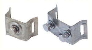 Support à deux boulons pour pose d'un panneau ou pictogramme sur poteau à l'aide d'un rail (de référence K3102)